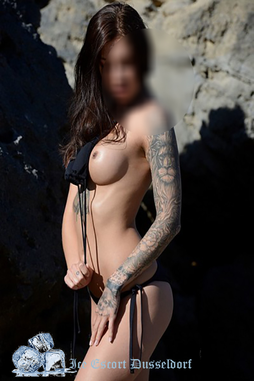 Big Tits Escorts Dusseldorf